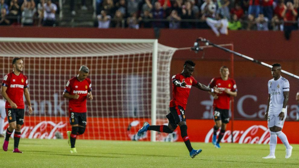 Fans slam Courtois and Jovic as Mallorca stuns Real Madrid - Bóng Đá
