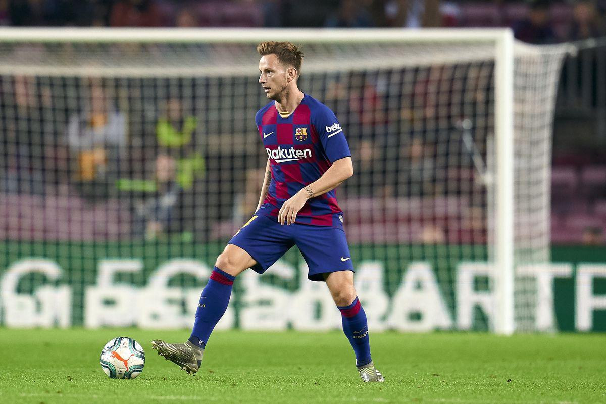 'I wouldn't let him go' – Barcelona legend warns club allowing stalwart to leave could be mistake - Bóng Đá