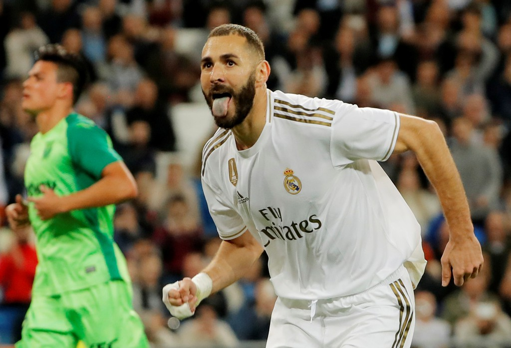 Real Madrid star agrees new contract until 2022 with Los Blancos - Bóng Đá