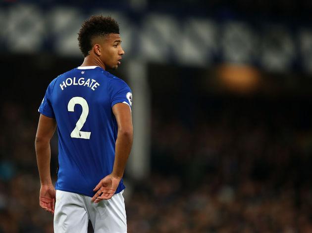 Why Man City's Pep Guardiola should be keen on signing Everton's Mason Holgate - Bóng Đá