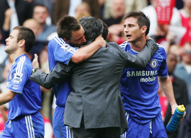 Steve Sidwell: Chelsea stars John Terry, Frank Lampard and Didier Drogba cried when Jose Mourinho was axed    - Bóng Đá