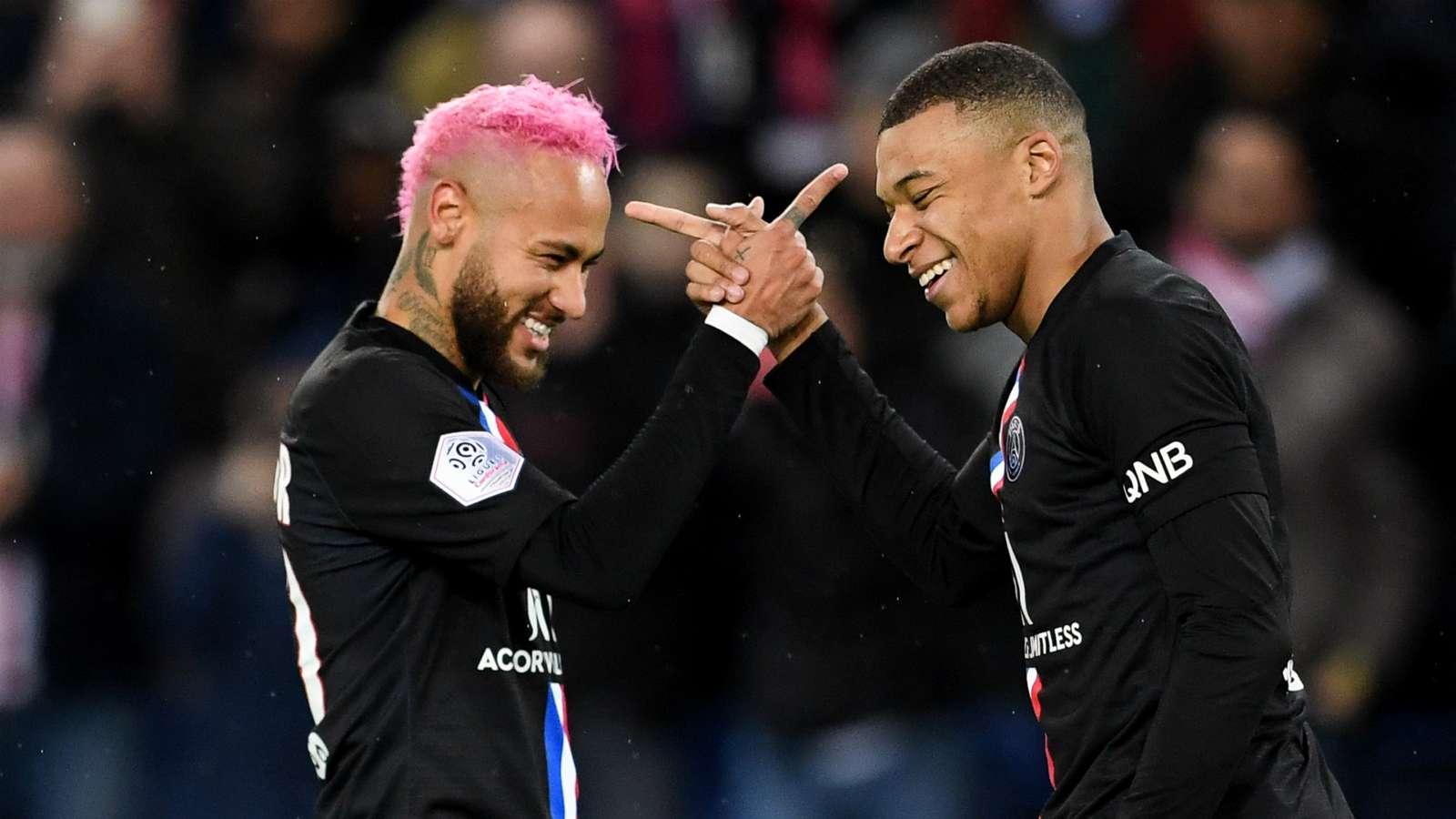 Mbappe urged to stay one more season at PSG - Bóng Đá