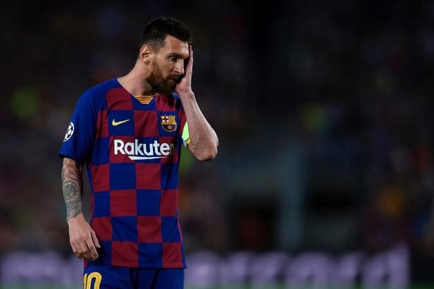 Ronaldo: Letting Messi leave wouldn't solve anything for Barcelona - Bóng Đá