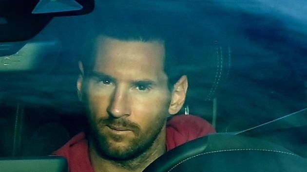 Messi trains on Barcelona's day off - Bóng Đá
