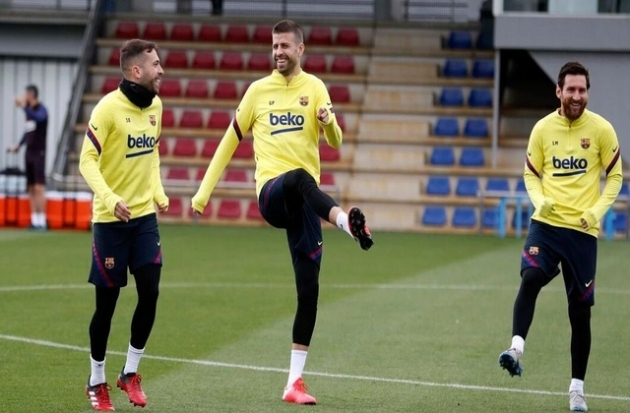 Barcelona star agrees to 50% wage cut in bid to help club amid Covid-19 pandemic - Bóng Đá