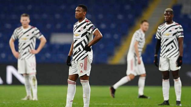 Thua Istanbul BB, Man Utd lộ 2 yếu điểm không bổ sung không được - Bóng Đá