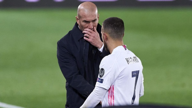 Zidane phạm 2