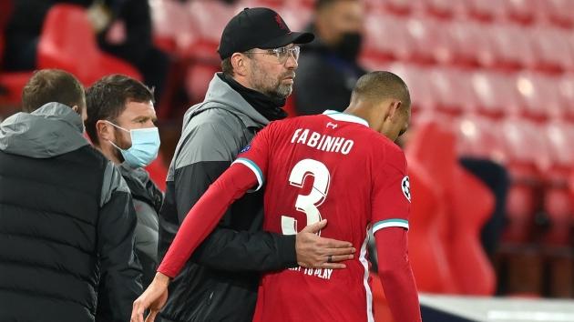 Jurgen Klopp could take tough Fabinho decision after Liverpool's problems grow worse - Bóng Đá