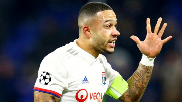 Depay dismisses Barcelona transfer talk: I feel good at Lyon - Bóng Đá