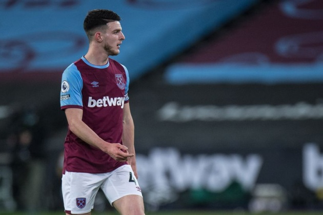 Manchester United to 'rival Chelsea for Declan Rice' and more transfer rumours - Bóng Đá
