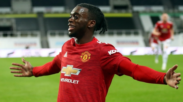 Manchester United fans say the team already have a solution to Aaron Wan-Bissaka problem - Bóng Đá