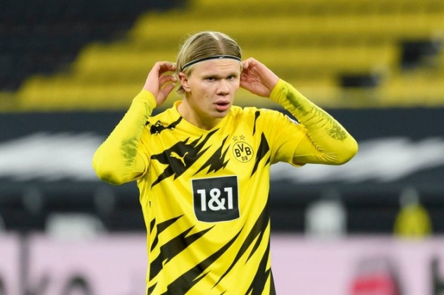 Haaland's reaction to being asked seven times about a possible move to Real Madrid - Bóng Đá