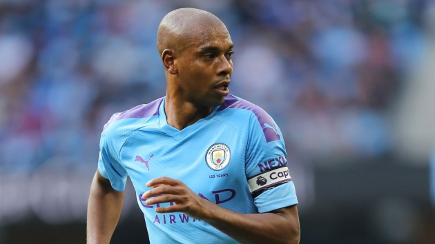 Fernandinho denies claims by Brazilian club Atletico Mineiro he has been offered a coaching role with Manchester City - Bóng Đá