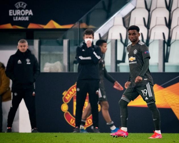 Không phải Bruno, 3 gương mặt đang được CĐV Man Utd quan tâm nhất - Bóng Đá