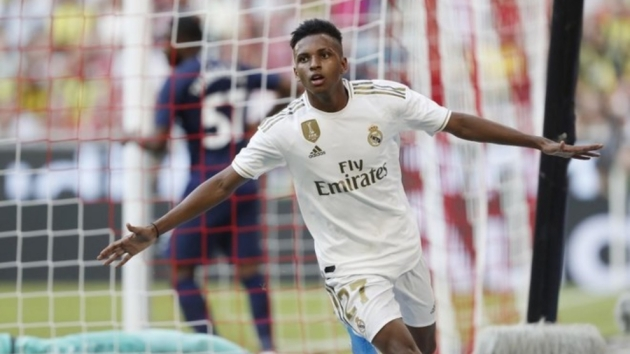 Rodrygo's return puts pressure on Asensio - Bóng Đá