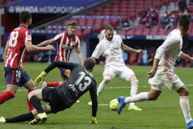 Real Madrid never wave the white flag - Bóng Đá
