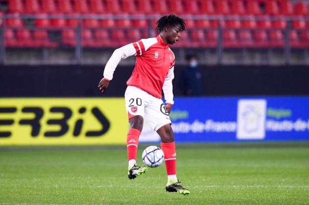 Arsenal eyeing 17-year-old centre-back dubbed 'the next Dayot Upamecano' - Bóng Đá
