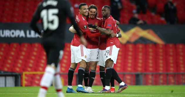 Edinson Cavani chứng tỏ rõ 2 điều hơn hẳn các tiền đạo Man Utd - Bóng Đá