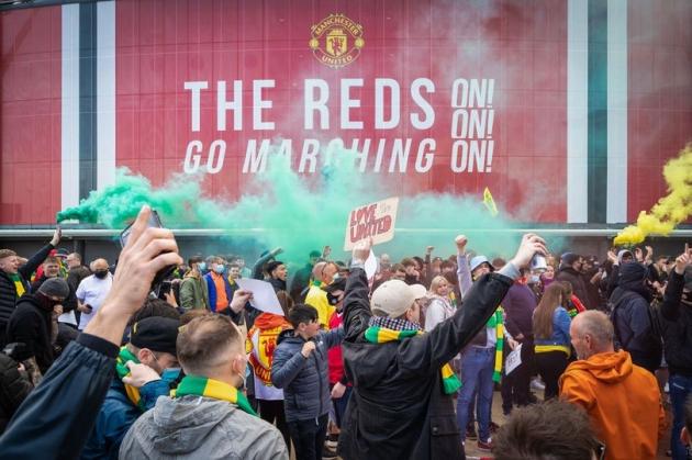 Arsene Wenger speaks out on Manchester United fans' anti-Glazer protests - Bóng Đá