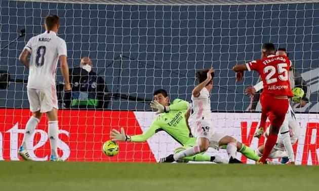 Real và Barca như thế, Atletico không vô địch mới lạ - Bóng Đá