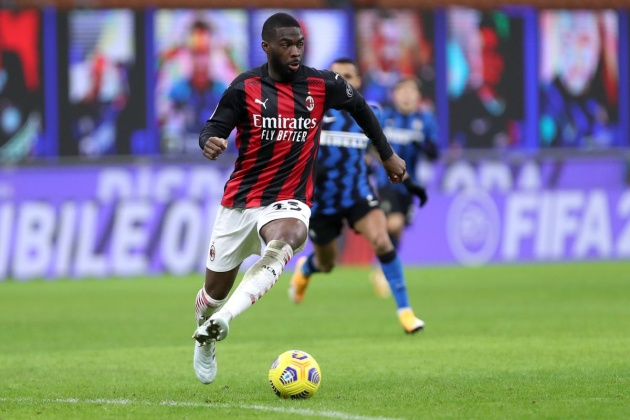 AC Milan head coach Stefano Pioli has seemingly confirmed the club's intention to buy Fikayo Tomori from Chelsea on a permanent deal. - Bóng Đá