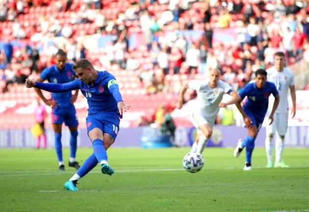 CHRIS SUTTON: Including Jordan Henderson in the Euro 2020 squad would be a big risk by Gareth Southgate...  - Bóng Đá