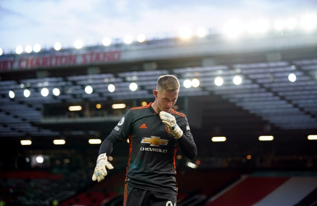 Manchester United ready to listen to offers for the 24-year old goalkeeper - Bóng Đá