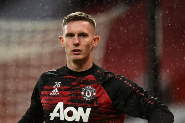 AC Milan are targeting Manchester United goalkeeper Dean Henderson who could leave this summer, according to a report. - Bóng Đá