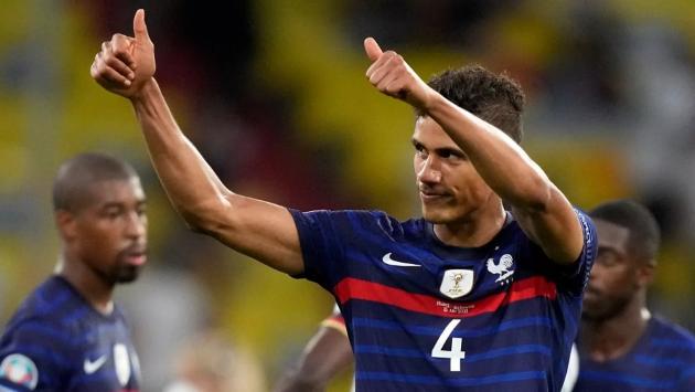 Paris Saint-Germain enquire about Varane - Bóng Đá