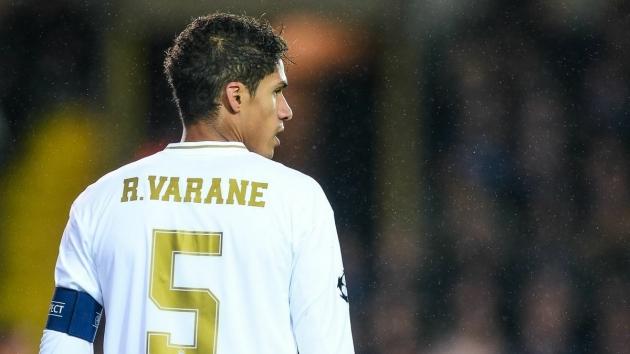 Varane and the same move as Alaba - Bóng Đá