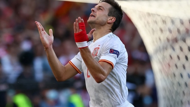 cesar-azpilicueta-every-coach-has-their-touch-and-luis-enrique-wants-more-intensity-were-more-aggressive-the-intensity-he-likes - Bóng Đá