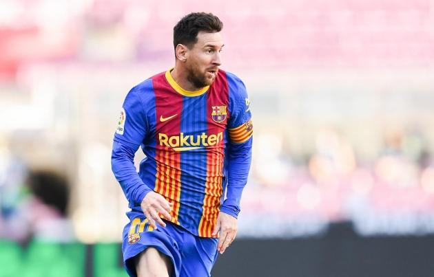 Griezmann trong vai kẻ khốn khổ vì Lionel Messi - Bóng Đá