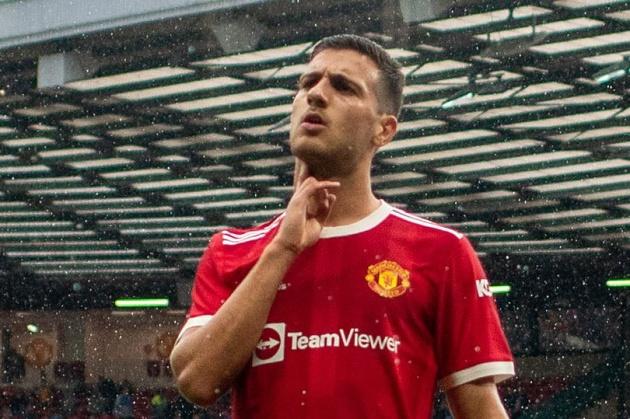Manchester United stance on Diogo Dalot future - Bóng Đá