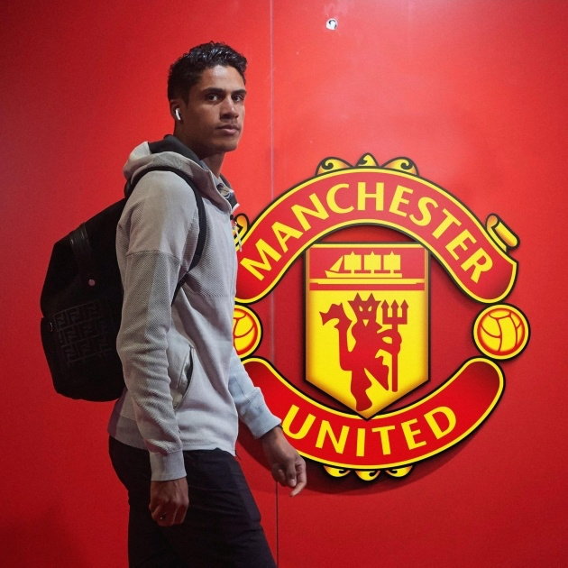 Varane wants to train tomorrow after promo shots and in-house media to stake claim for a start against Leeds - Bóng Đá