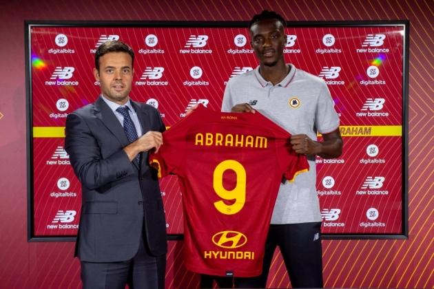Bỏ qua Abraham, Arsenal dự tính tham vọng cho cỗ máy tấn công 80 triệu? - Bóng Đá