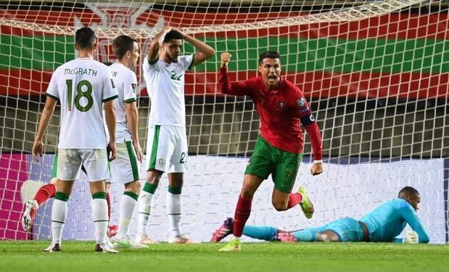 Phá vỡ kỷ lục, Ronaldo phát biểu về 2 bàn thắng Fergie Time cho Bồ Đào Nha