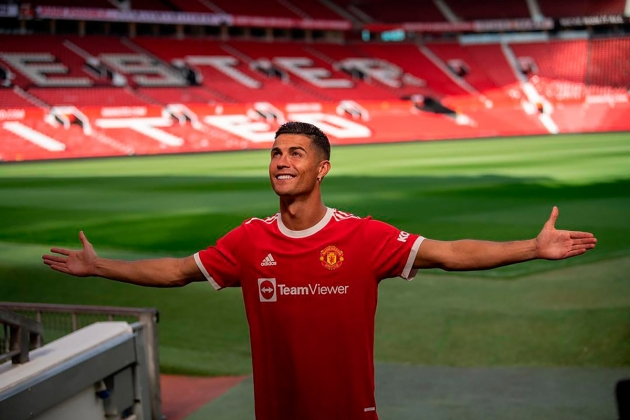 Cristiano Ronaldo is giving David de Gea and Paul Pogba what they have been waiting for at Man Utd - Bóng Đá