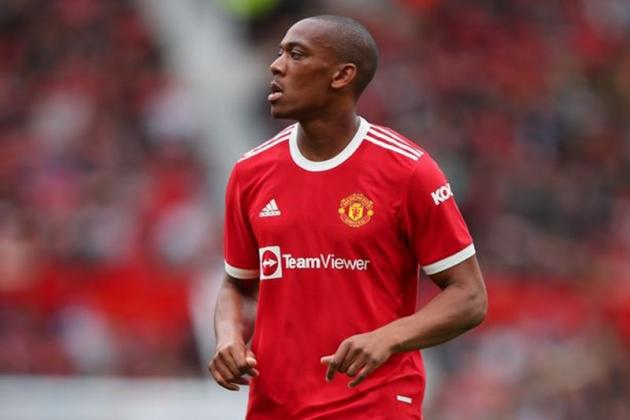 Lingard tỏa sáng đẩy 3 sao Man Utd đến bờ vực thẳm - Bóng Đá