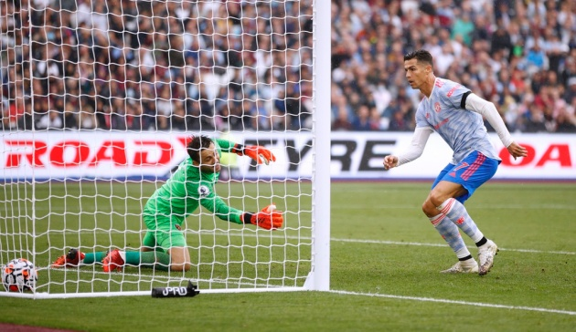 Ronaldo and Messi's contrasting starts: One dream return and one uncomfortable new transition - Bóng Đá
