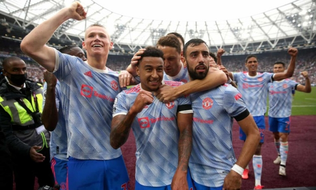 Manchester United should experiment with new midfield partnership - Bóng Đá