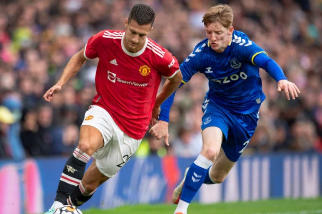 Diogo Dalot is helping make Manchester United transfer priority even clearer - Bóng Đá
