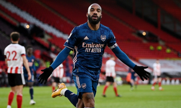 Mikel Arteta has refused to confirm if Alexandre Lacazette will be involved in Arsenal's match against Tottenham at the weekend. - Bóng Đá