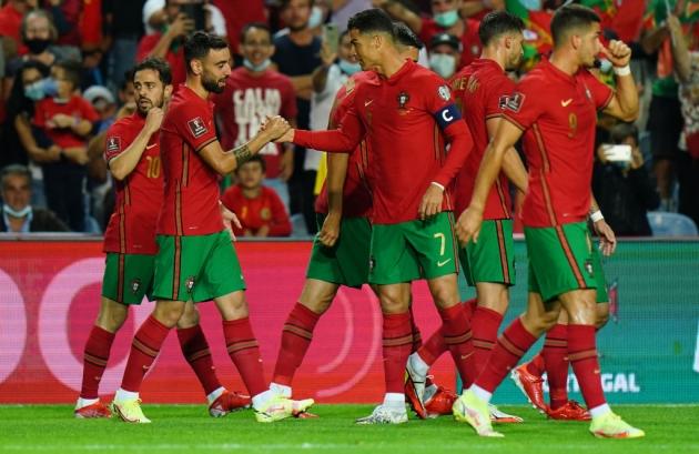 Bruno Fernandes says Cristiano Ronaldo 'does not fail' - Bóng Đá