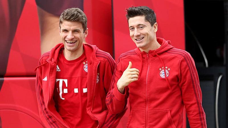 Giành Siêu Cúp Đức, Mueller đưa Lewandowski lên