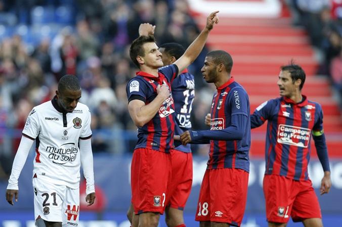 Ligue 1 sau 2 vòng đấu: PSG tiếp tục tiến bước, kẻ thách thức
