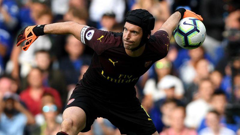 Phong độ suy giảm, Petr Cech vẫn được Emery