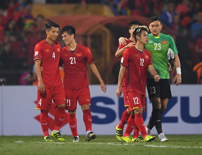 Việt Nam vô địch, báo thân Real Madrid tán dương một cái tên - Bóng Đá
