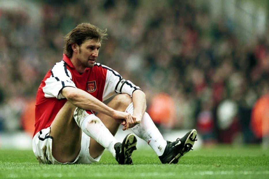 Bí mật đằng sau cuộc đại phẫu của Wenger ở Arsenal - Bóng Đá