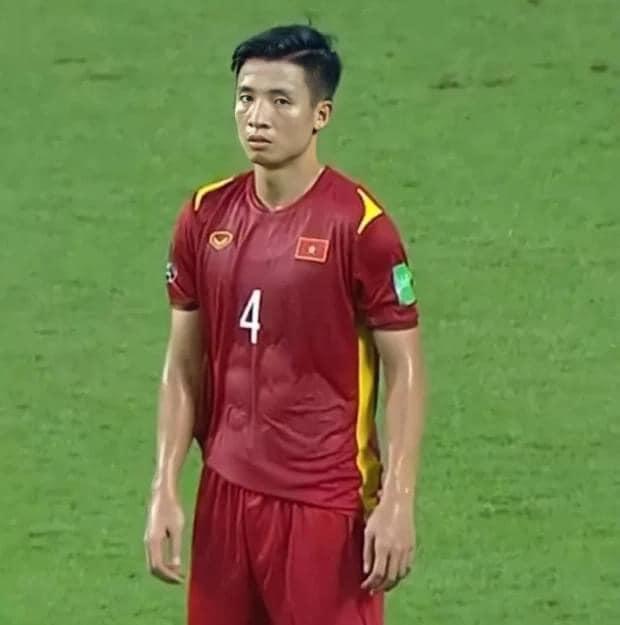 Việt Nam đại thắng, trợ lý thầy Park chỉ ra 2 cầu thủ