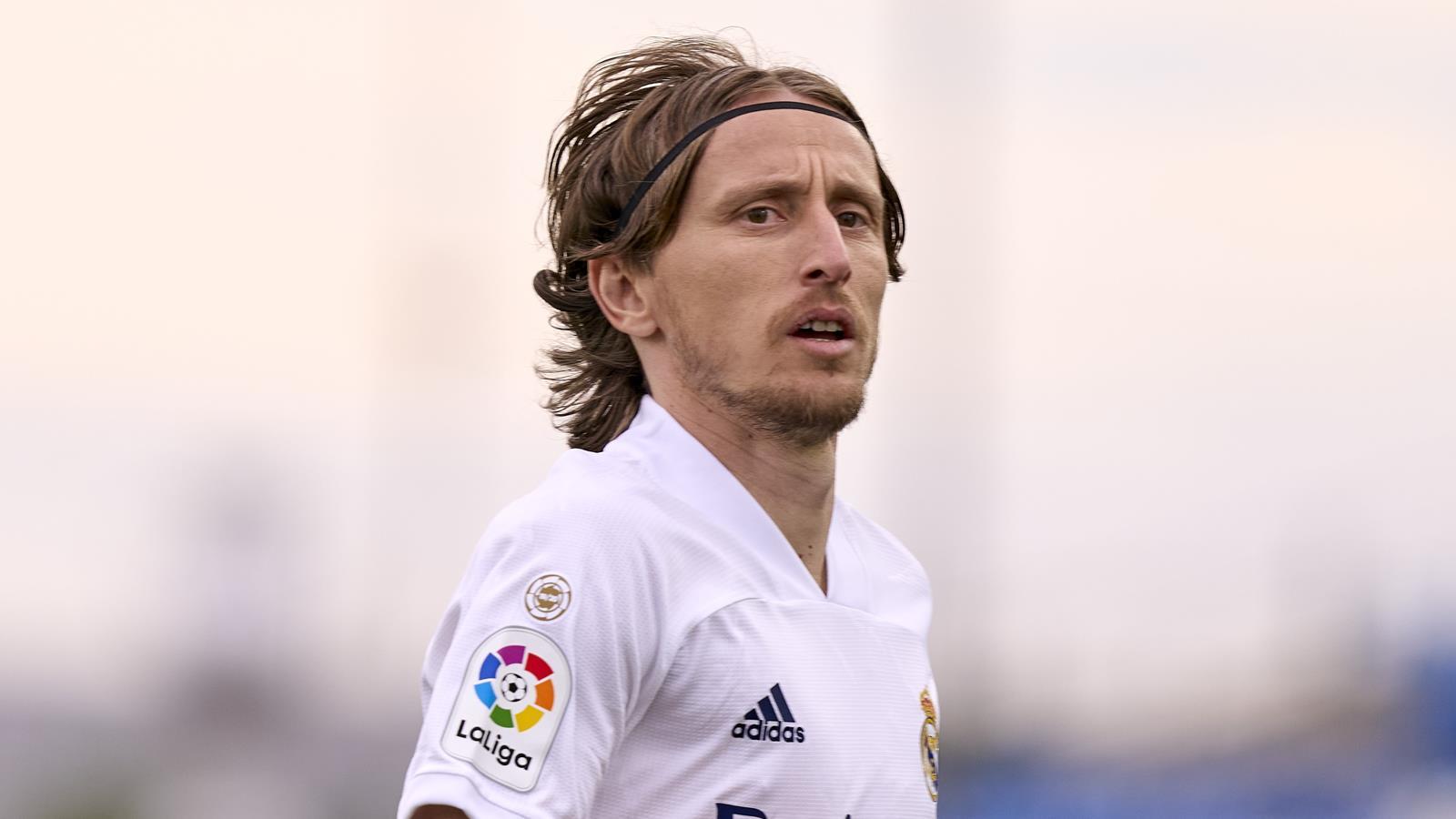 Đội hình tiêu biểu vòng 4 La Liga: Quả bóng vàng World Cup, Benzema quá hay - Bóng Đá